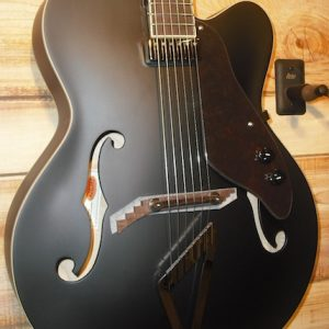 Gretsch® G100CE Synchromatic Archtop Guitar Black